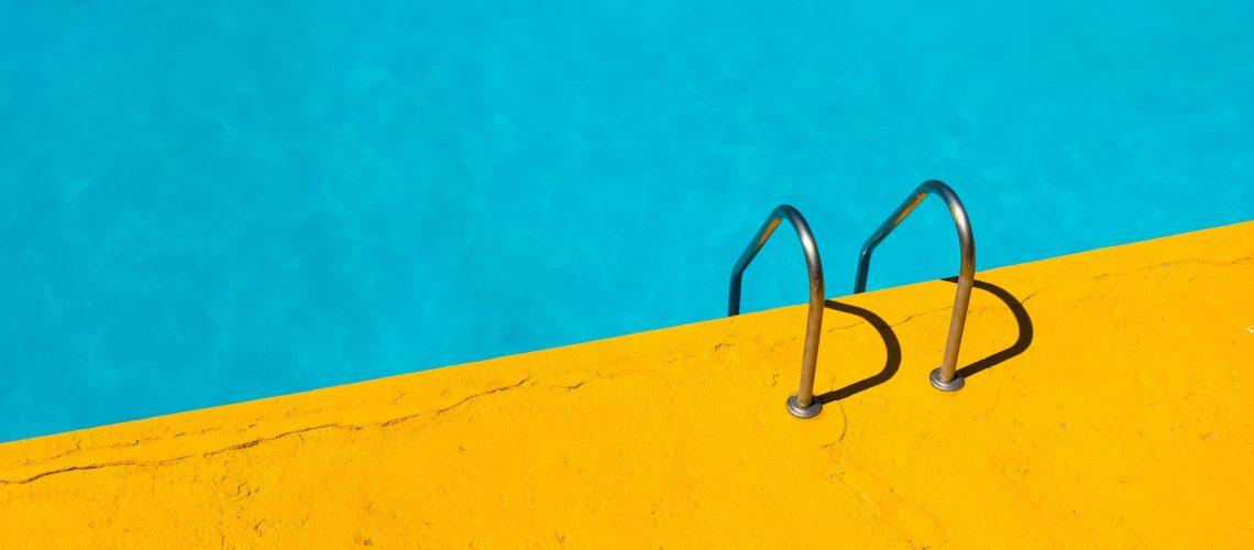 piscina cubierta nueva segovia pitufos